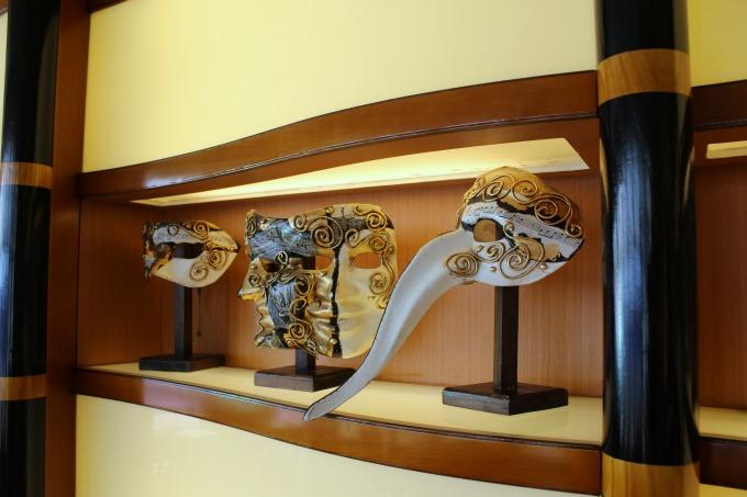 Palo had gorgeous decor, including these Venetian masks.