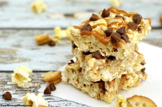 Perfect Movie Night Snacks: Sweet & Salty Caramel Popcorn Treats