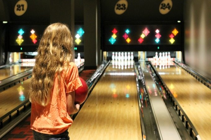 Ashling is focused on the pins.