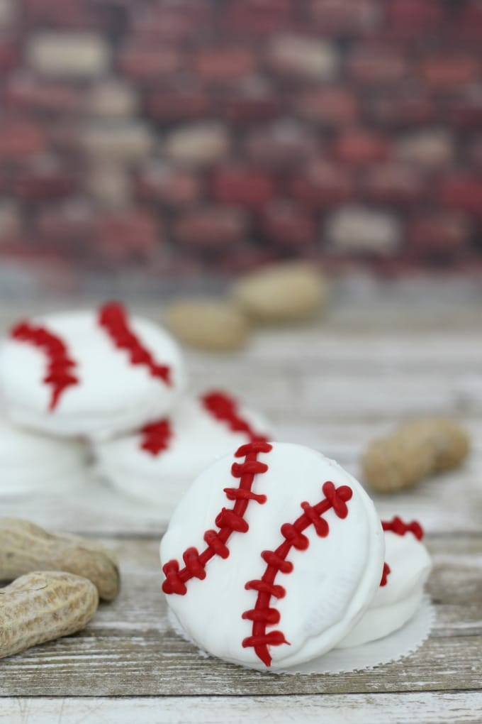 These baseball cookies are a home run