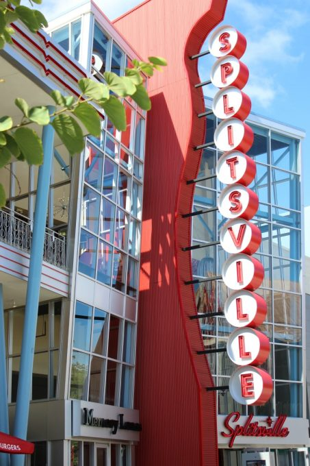 Splitsville at Disney Springs is a great place for family night