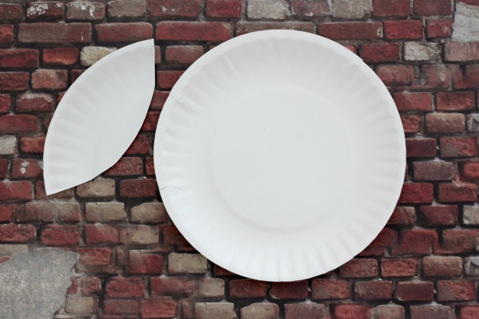 You'll need to make a tracer to turn these plates into decor for your easy baseball party