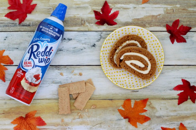 You'll need a Pumpkin Roll Cake, Reddi-wip and graham crackers for your Pumpkin Roll Parfait