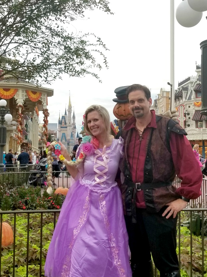 Rapunzel and Flynn are easy couples costumes that can be put together in a hurry