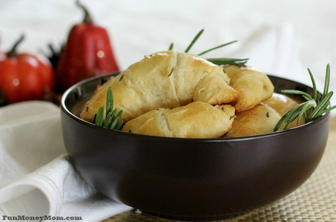 Rosemary Parmesan Crescent Roll Recipe For Your Holiday Dinner
