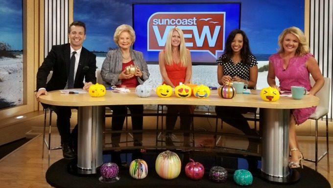 Making no-carve pumpkins on Suncoast View