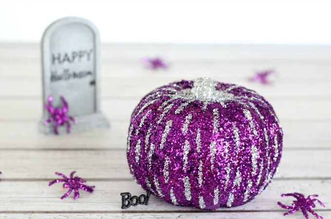 Glitter pumpkin feature