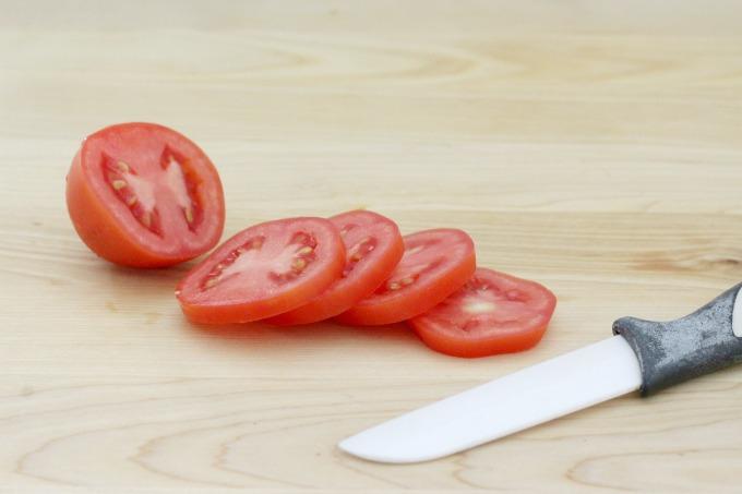 Slice a small tomato