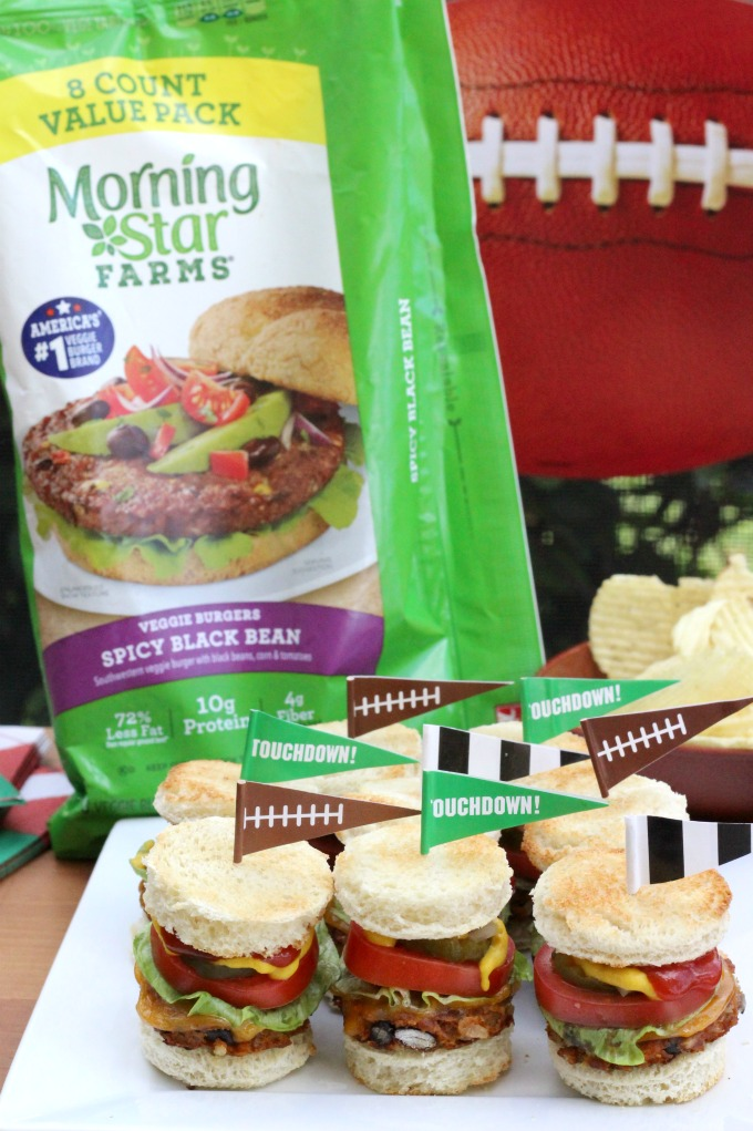 You don't have to be a vegetarian to love these mini veggie burgers