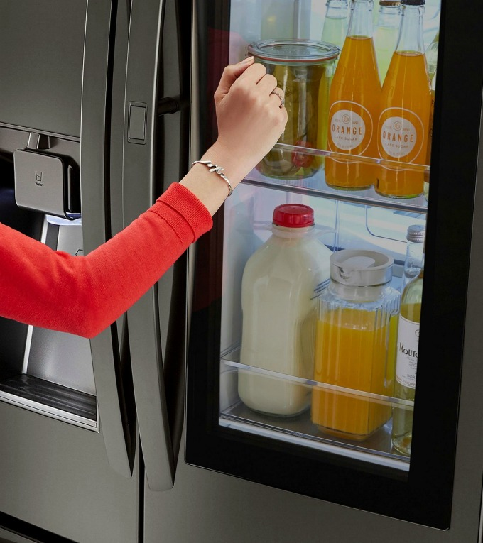 LG kitchen appliance deals will save you money on this new LG refrigerator