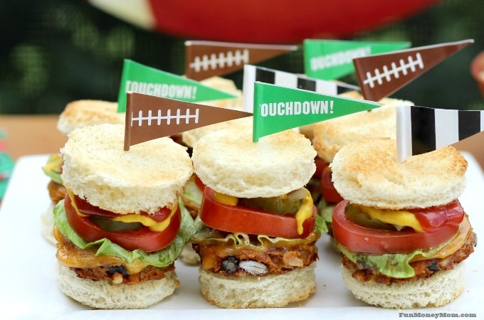 Mini Veggie Cheeseburgers For The Big Game