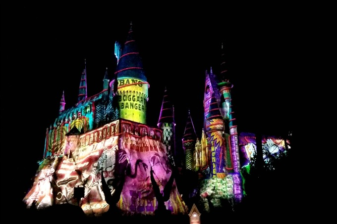The light show set against Hogwarts Castle is definitely makes it worth it to visit Universal Orlando Resort for Christmas