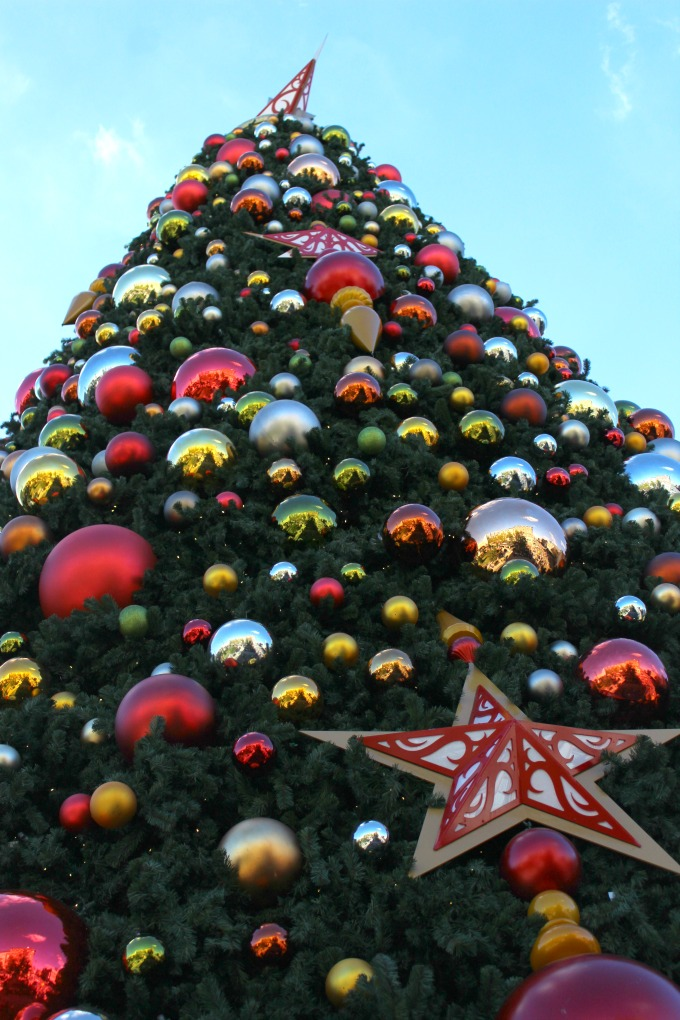 One reason to visit Universal Orlando Resort for Christmas is all the holiday decor.