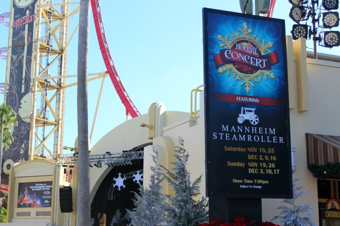 Sit back and enjoy a Christmas concert when you visit Universal Orlando Resort for Christmas