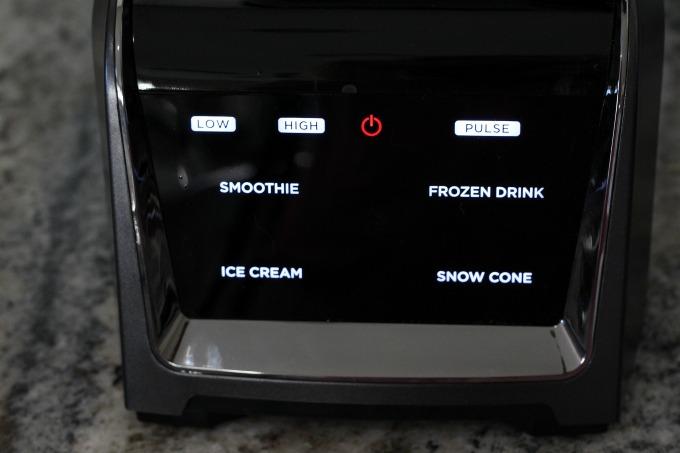 Ninja Intelli-Sense Kitchen System with Auto-Spiralizer can sense which vessel you're using