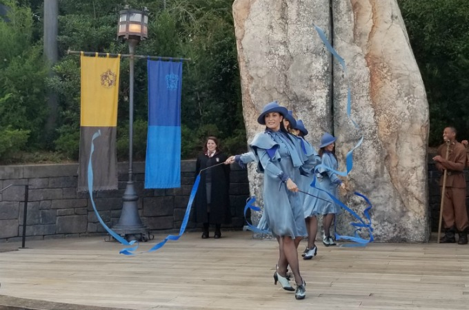 Harry Potter fans can watch Beauxbatons Academy Of Magic students perform in The Wizarding World Of Harry Potter
