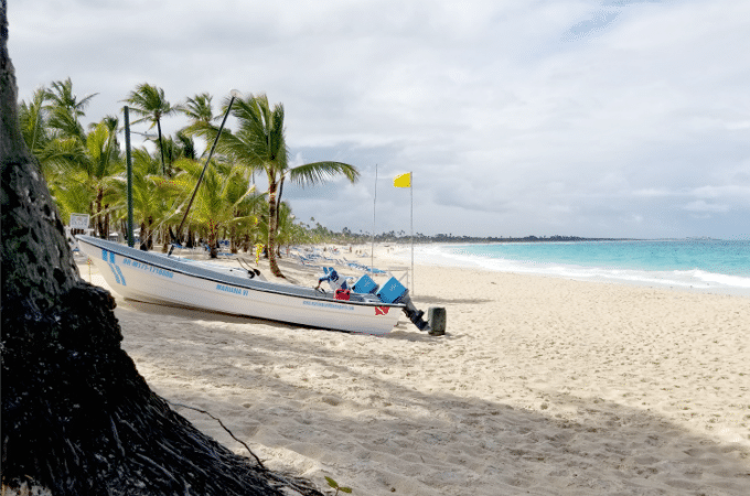 You can also go boating when you vacation at Memories Splash Punta Cana