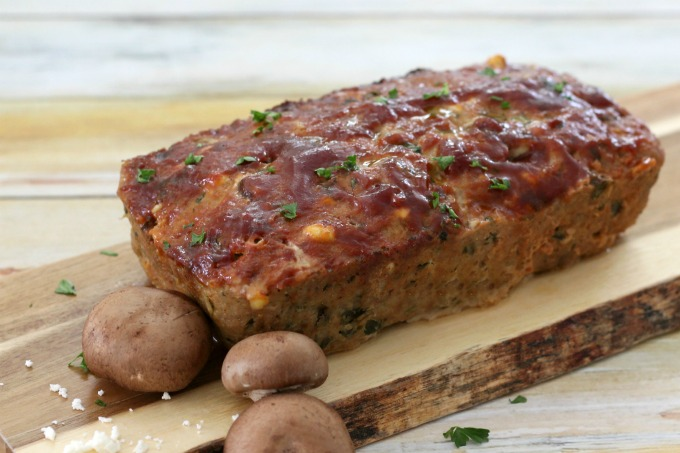 This turkey meatloaf with spinach is the best meatloaf recipe ever!