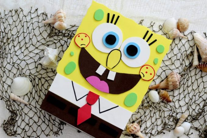 Kids can bring their own Sponge Bob Valentine Box to school for Valentines Day