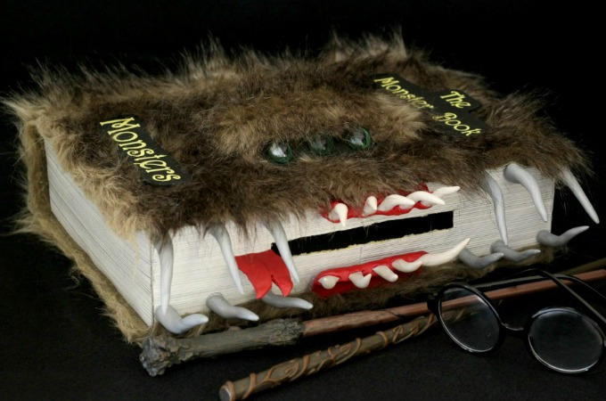 Harry Potter Valentine Box: The Monster Book Of Monsters
