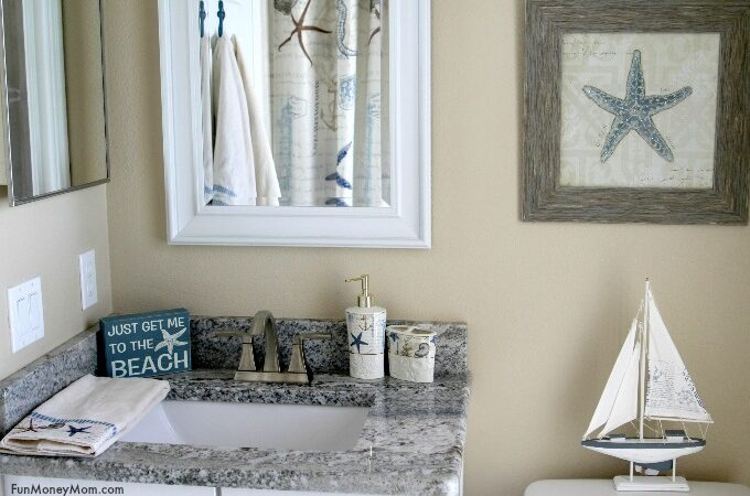 Coastal Themed Bathroom Makeover