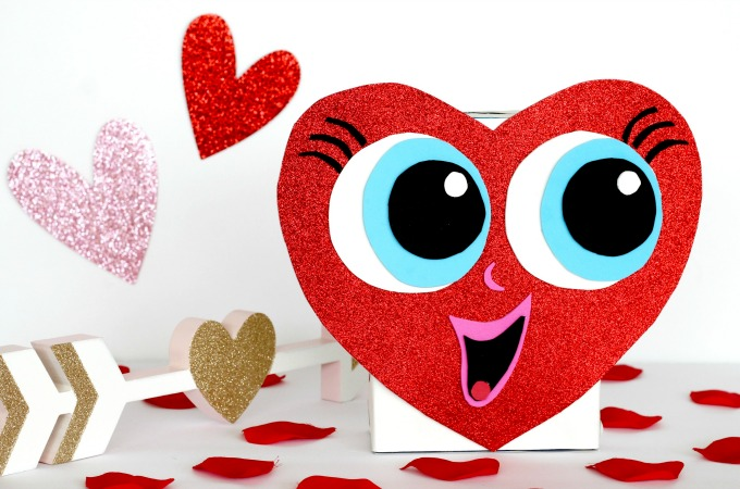 Cute Heart Shaped Valentine Box