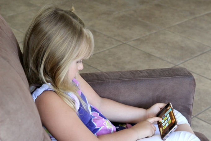 Children can use the Kidomi learning app to practice their sight words.