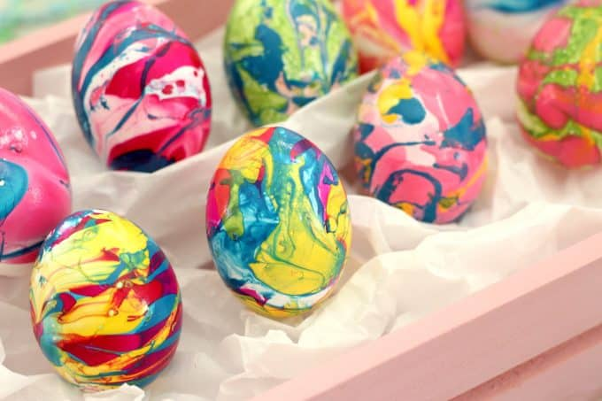 Easter egg marbling doesn't have to be messy