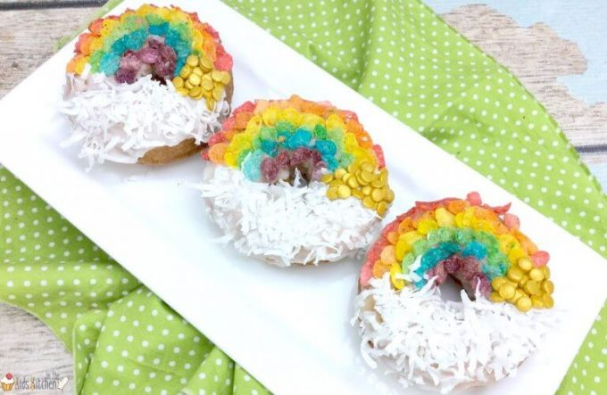 St. Patrick's Day Treat Ideas - Rainbow Doughnuts
