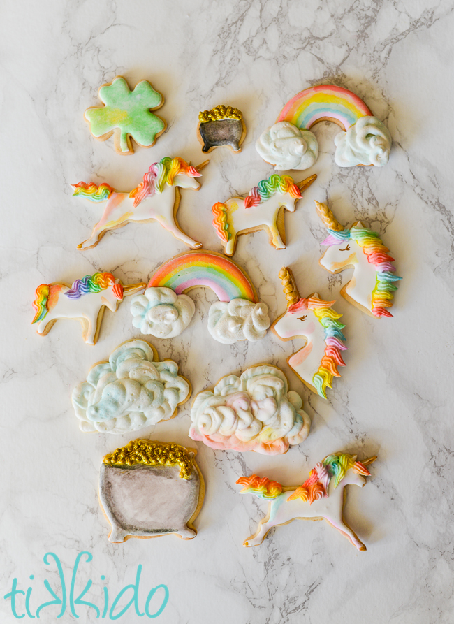 St. Patrick's Day Treat Ideas - Pot Of Gold Sugar Cookies