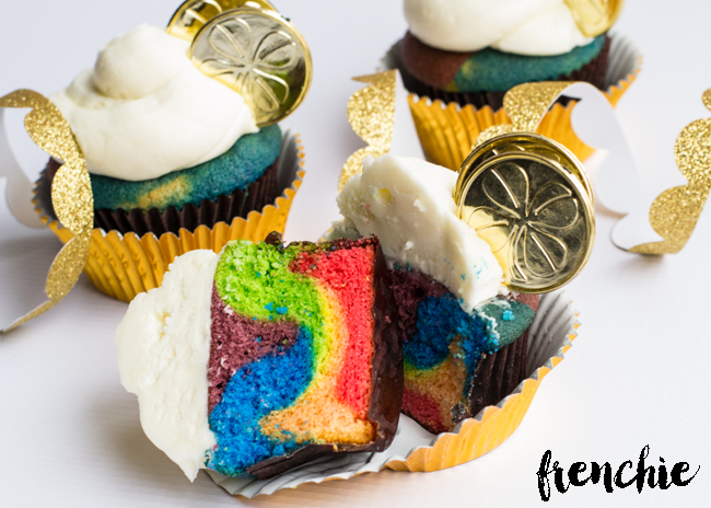 St. Patrick's Day Treat Ideas - Rainbow Cupcakes