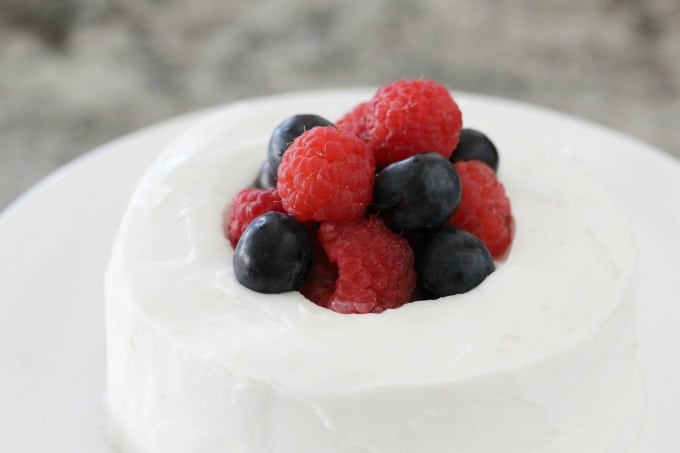 You'll want to fill your berry cake with berries, of course.
