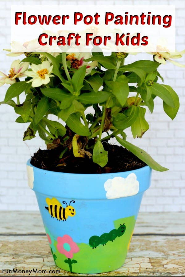 Flower Pot Painting - This easy craft for kids is not only fun but it makes a great gift too. They'll have a blast making painted flower pots and getting as creative as they want. #flowerpotpainting #flowerpotcraft #craftsforkids #kidcraft