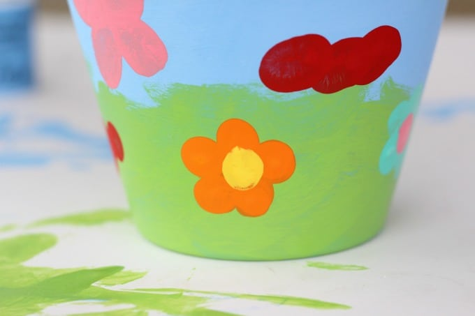 This ant was one of Keira's flower pot painting ideas