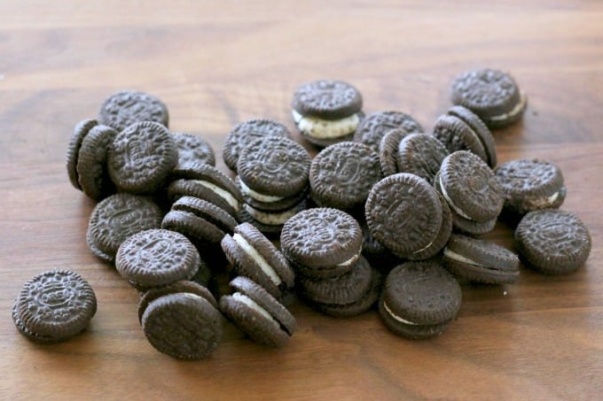 These mini Oreos are the perfect size for an Oreo cheesecake