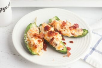 Baked jalapeno poppers on plate