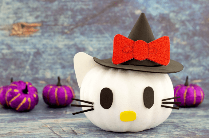 Cute pumpkin idea featuring Hello Kitty