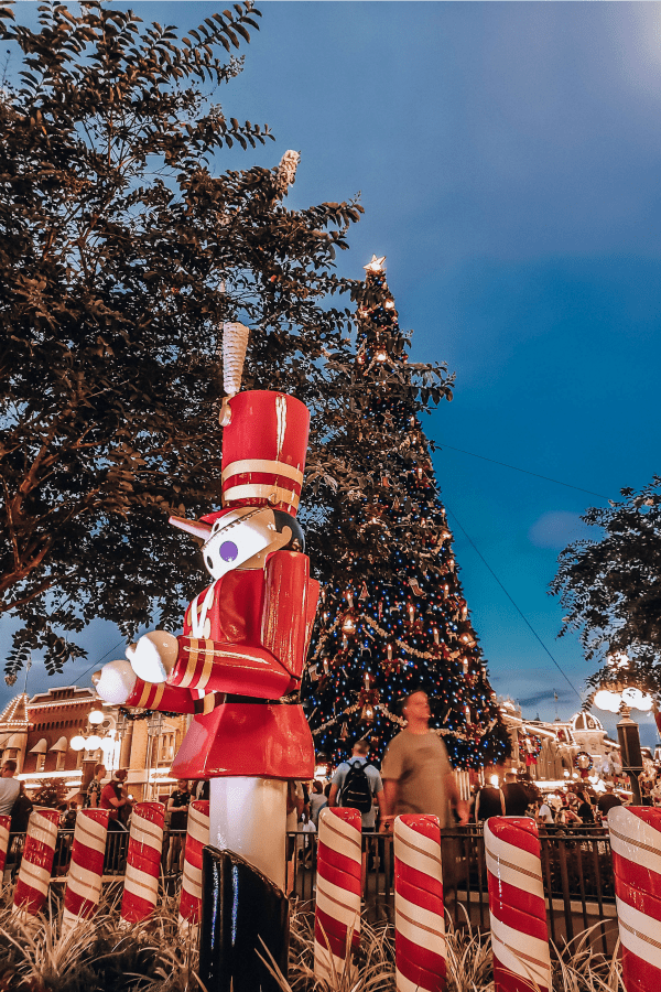 Mickey's Christmas Party at night