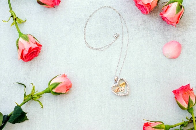 Kohl's necklace with flowers