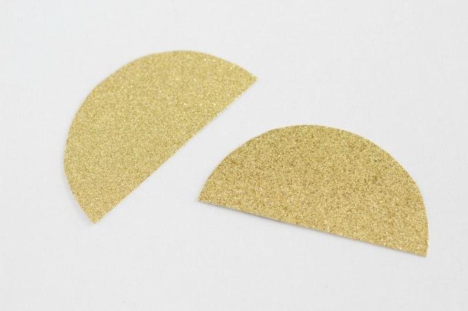 Circle of Glitter foam cut in half for unicorn horn