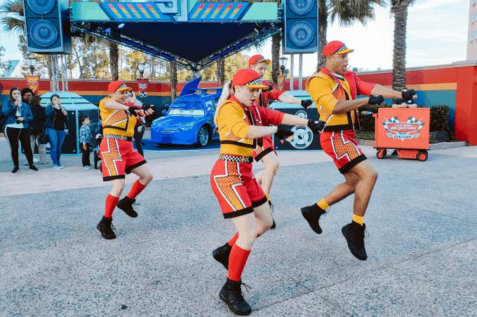 Lightning McQueen's Pit Crew dancing