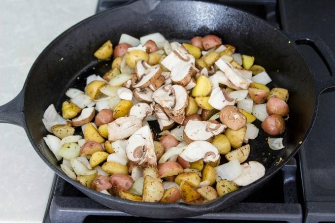 Breakfast potatoes with mushrooms