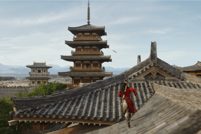 Mulan running on roof