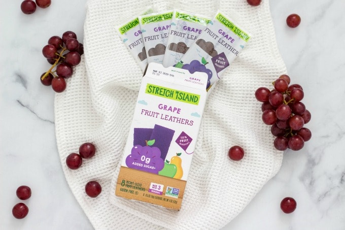Stretch Island Fruit Snacks With Grapes 680