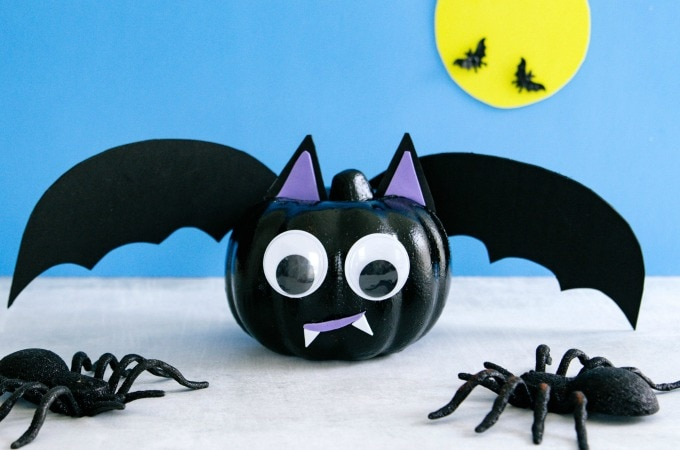 Bat Pumpkin Feature