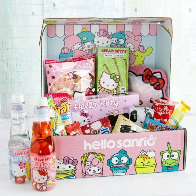 Hello Kitty Snack Box Square
