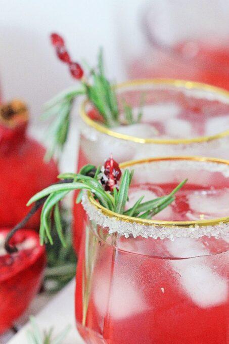 Vanilla Pomegranate Christmas Cocktail