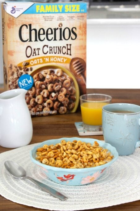 Bowl Of Cheerios Oat Crunch on table