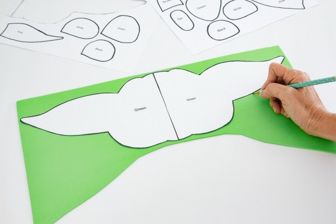 Tracing head for Baby Yoda Valentine Box