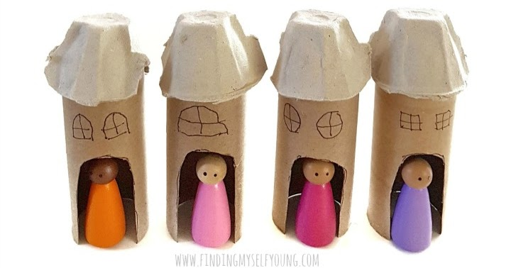 5 minute Toilet Paper Roll Houses